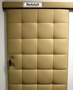 Heutz Raumausstattung - Die Türe zur Werkstatt