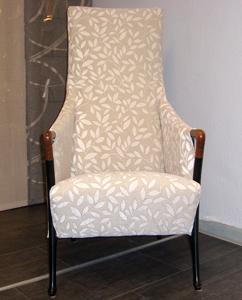 Stuhl mit hoher Lehne, neues Design Heutz Raumausstattung